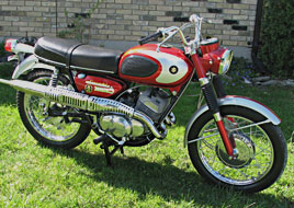 1968 Suzuki TC250 right side